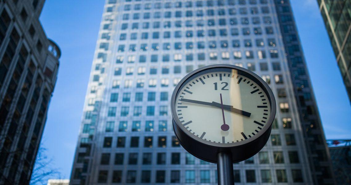 clock-926379_1280