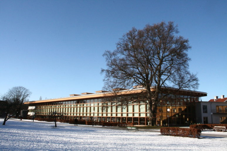 Linköping public library (built 2000), from south-east, in the winter.