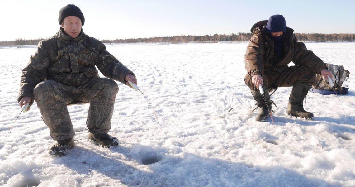 【裴凡強的人我生活】戰鬥民族的冬天開心事:釣魚,冰的啦!