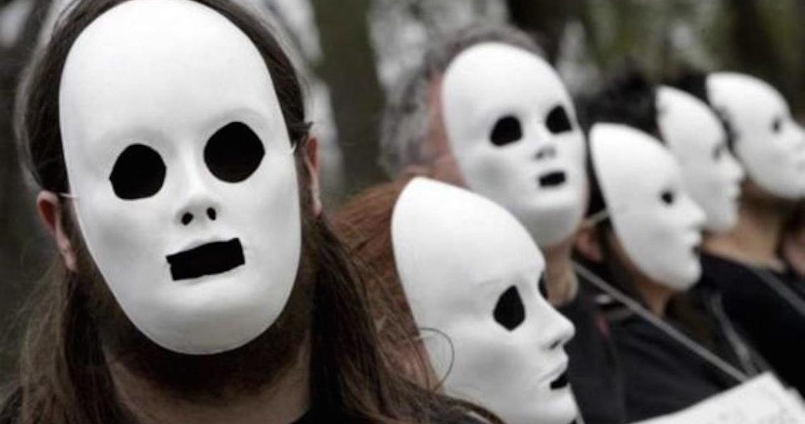 《我,比不快樂更快樂》:社會不曾正視,那些關於青少年的性別壓迫
