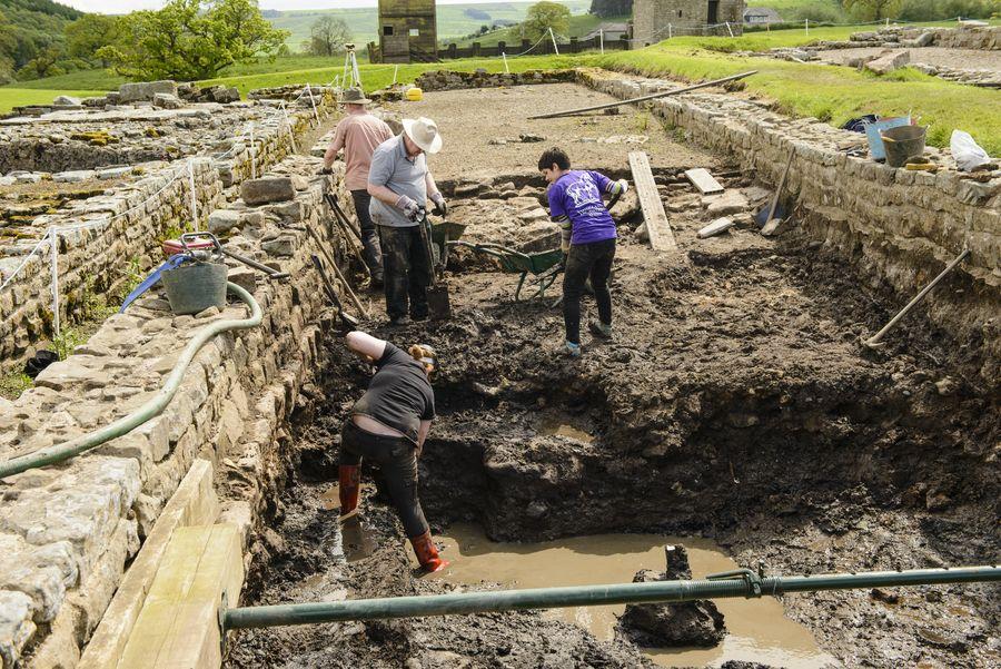 【故事‧說書】廢墟中的印地安那瓊斯:你所不知道的考古學家與他們的一百種生活