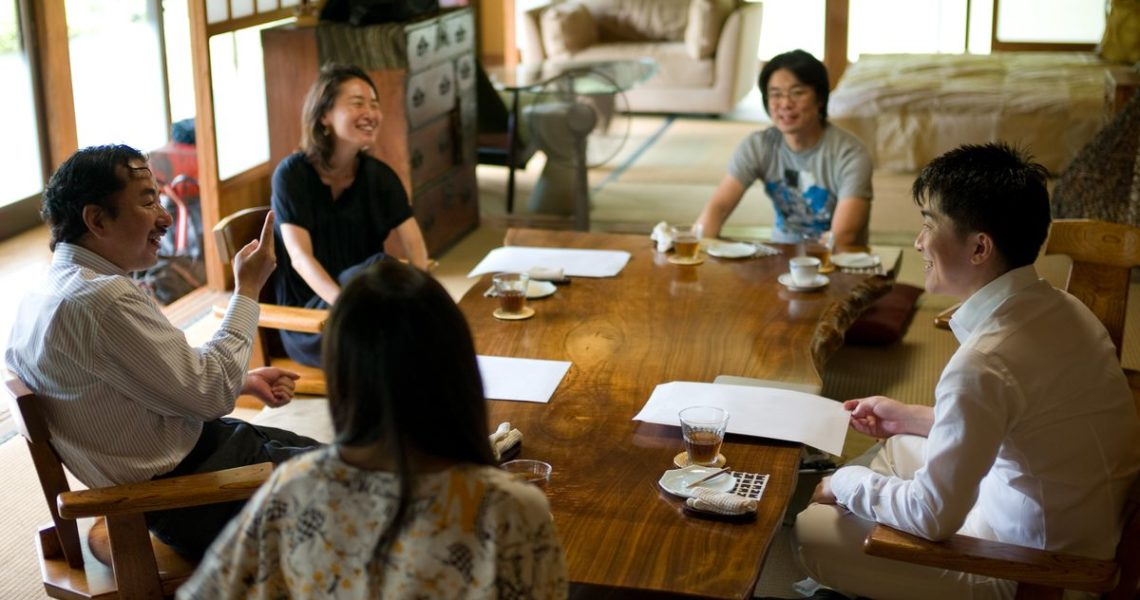 【讀者舉手】從溝通開始,用不切實際的想像打破實際的問題吧!──對華文作者及出版社的近日觀察