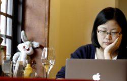 進入漩渦繞得再暈,都有責任說出來──專訪《香港三年》作者、端傳媒主編張潔平