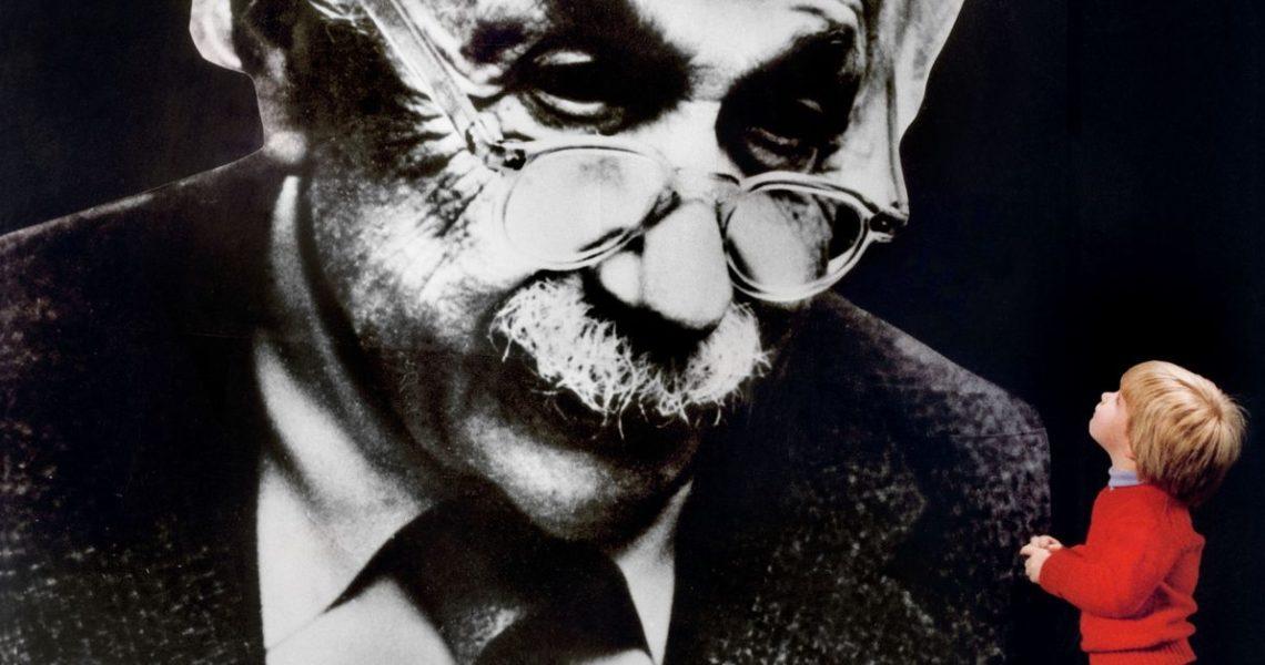 【GENE思書軒】愛因斯坦沒那麼神,以及為什麼要花錢投資科學研究?《完美的理論》