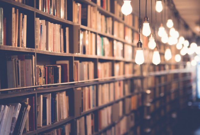 【果子離群索書】和老兵一樣,書店不死,只是逐漸凋零
