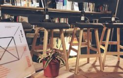 【評書青鳥】從幫災區做椅子的工作坊,變成世界知名的「誠實設計」品牌