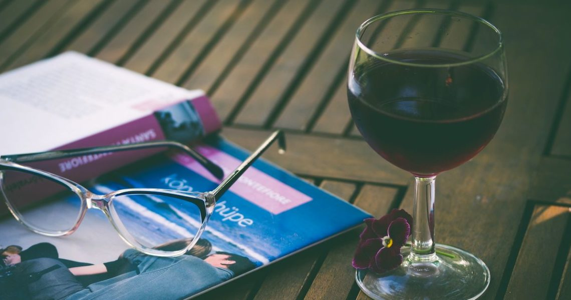 讓你輕易活得更聰明──好萊塢名人也推薦的新聞、紅酒與閱讀網站!