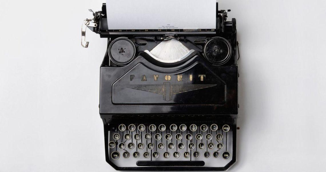 讀者不付費、出書版稅低,書寫者都靠什麼過生活呢?