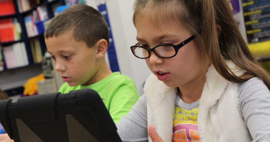 只要勇於想像,科技就可能幫得上忙,閱讀與學習,也終能成為一場充滿可能性的盛宴