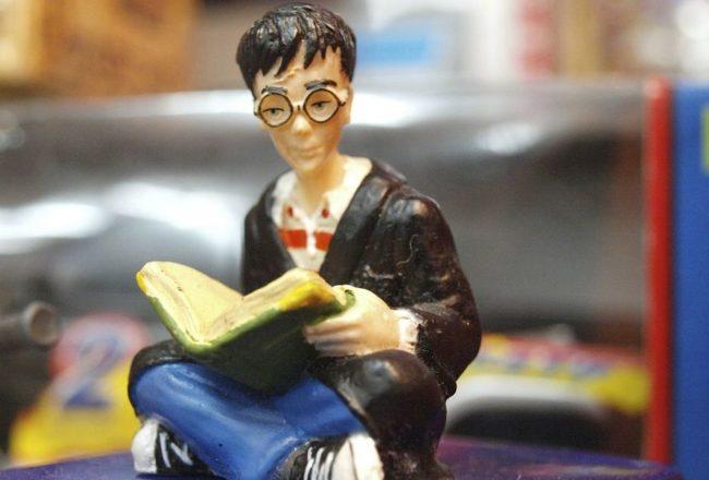 快打包!今夏在英國有哈利波特主題展,還有展場首發的哈利波特新書!