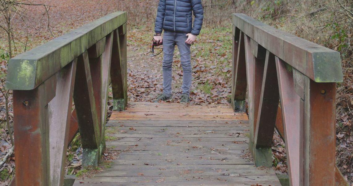 回家的橋,也是離家的橋──《克雷的橋》繁體中文版序