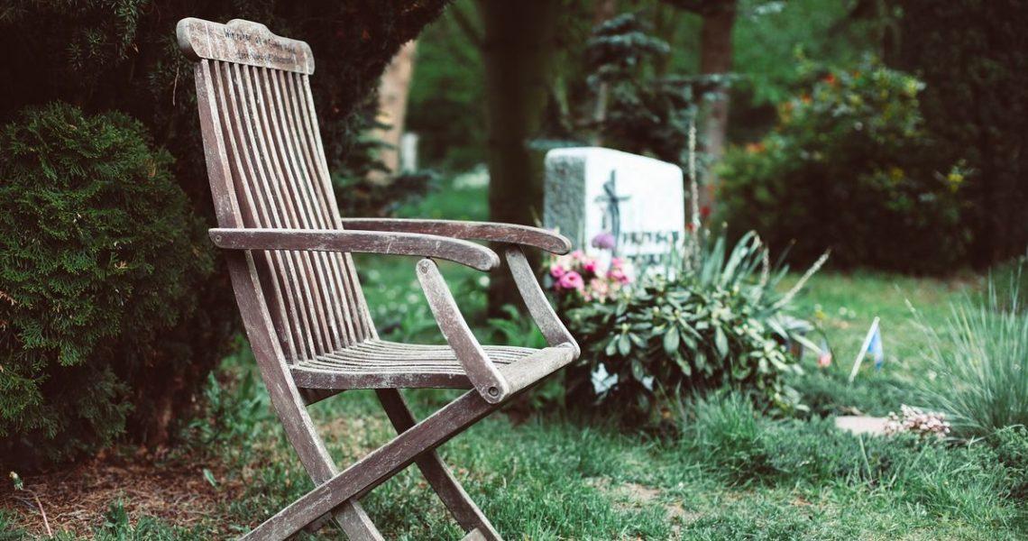 【一週E書】生命與死亡、追憶與無情、真實與虛無,失落、悲傷、慰藉,與愛