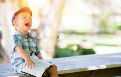 有聲文字療癒人心,為讀者朗讀,走過晦暗疫情