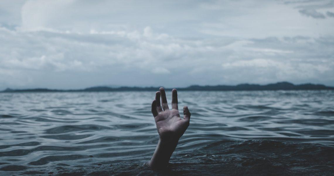 累積小小的「不安」,讓讀者在不知不覺間感受到恐怖——專訪《如碆靈祭祀之物》作者三津田信三