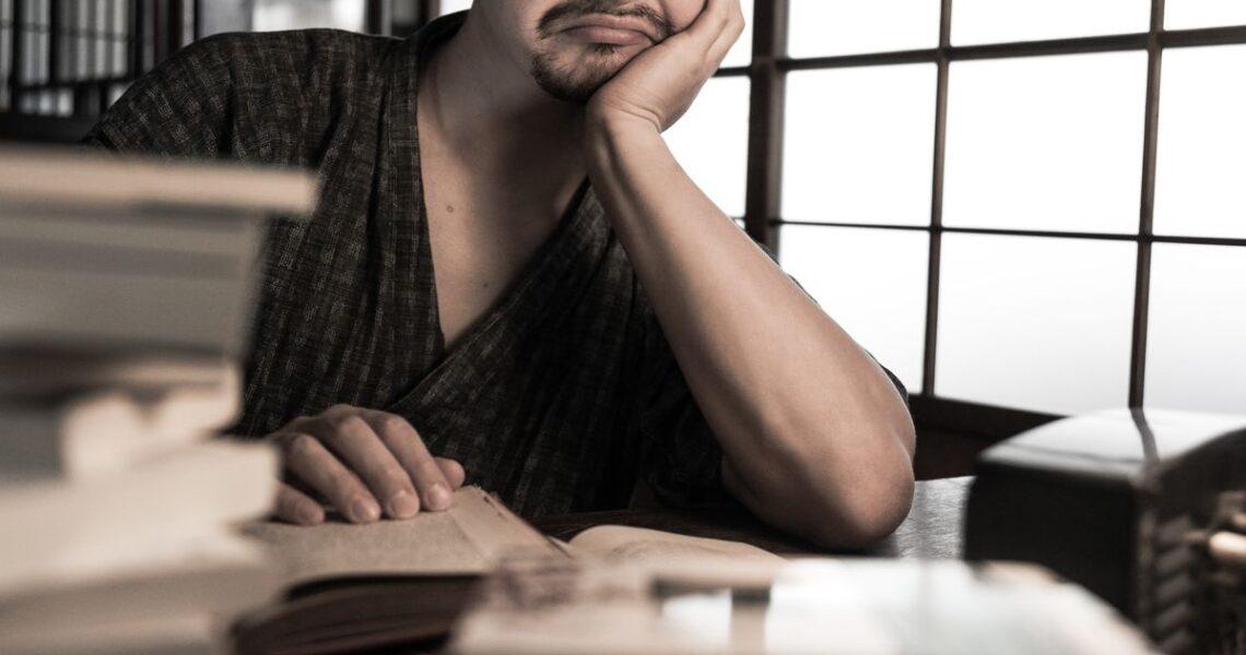 【一週E書】我討厭太宰治的作品。首先,我討厭他的長相