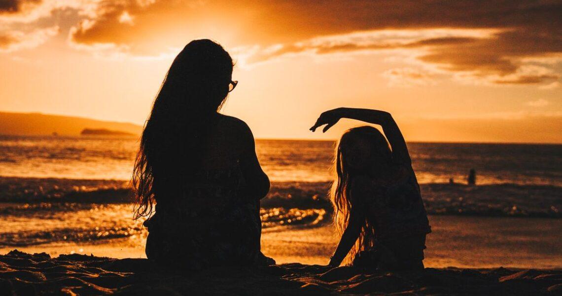 【讀者舉手】願每個孩子平安長大──讀《世界很亂,你得和女兒談談性》