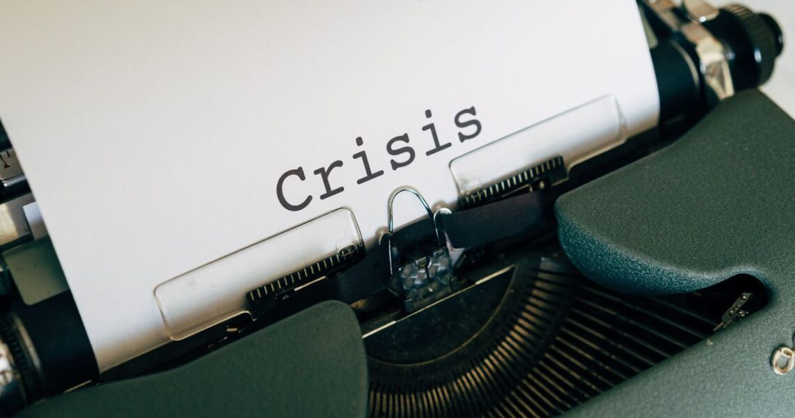 身為揭發犯罪的記者,總是有些職業風險──專訪《閃電崩盤》作者連恩.范恩