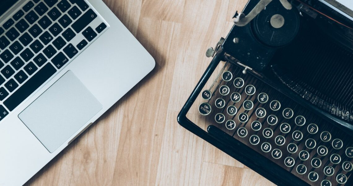 【自己的書自己出】Readmoo讀者很喜歡改錯字,作者和讀者同步一起改!