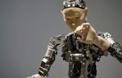 【朱家安不要偷懶了】AI沒有偏見,人才有:對照思考讓你看更遠