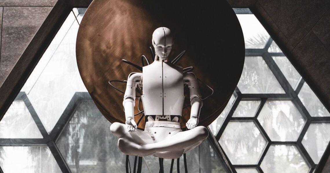 【一週E書】我是個熱衷追劇不忘工作運氣衰毛的殺人機器人
