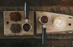 【讀者舉手】這種成癮性的物質幾乎不受政府控管──《無所不在的咖啡因》