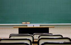 身為國文老師最該注意的,並不是讓學生記住作者的思想