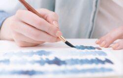 薄霧青、煙花藍、勿忘草色,為何顏色不再被簡單命名?
