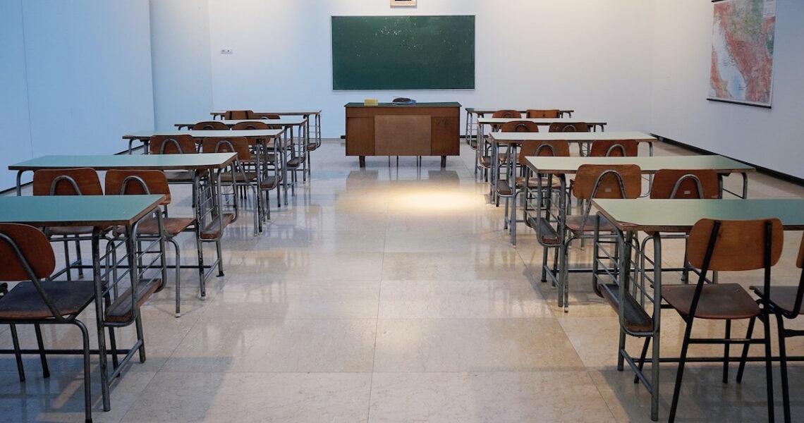 初當老師的震撼教育:「從今天起,你不許教孩子」