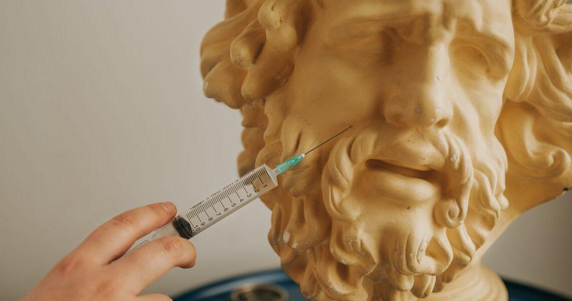 【朱家安不要偷懶了】所以吸毒者到底能不能打疫苗?